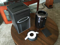 Apple Mac Pro Late 2013 3.5ghz 6-core/32gb Memory/512gb Ssd/dual D500 6gb
