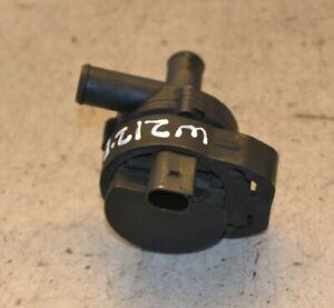 MERCEDES-CLASSE-E-POMPA-ACQUA-ausiliario-W212-E220-Cdi-Riscaldatore-ausiliario-pompa-2010