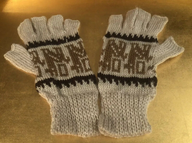 Symbol Of The Brand Brand New Alpaca Fingerless Gloves Oatmeal/ Brown Women Size M To Be Highly Praised And Appreciated By The Consuming Public