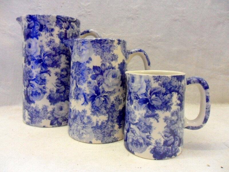 bluee laura set of 3 jugs by Heron Cross Pottery