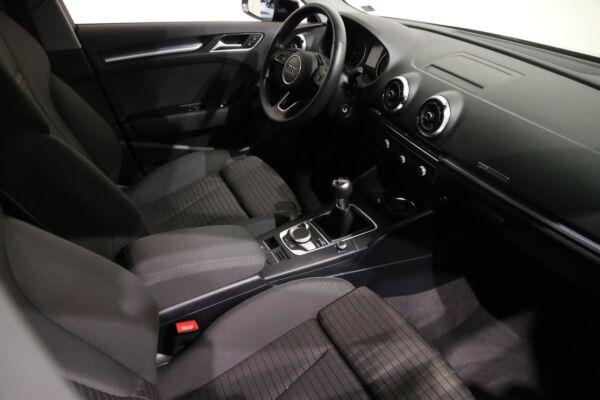 Audi A3 30 TFSi Sport SB billede 11