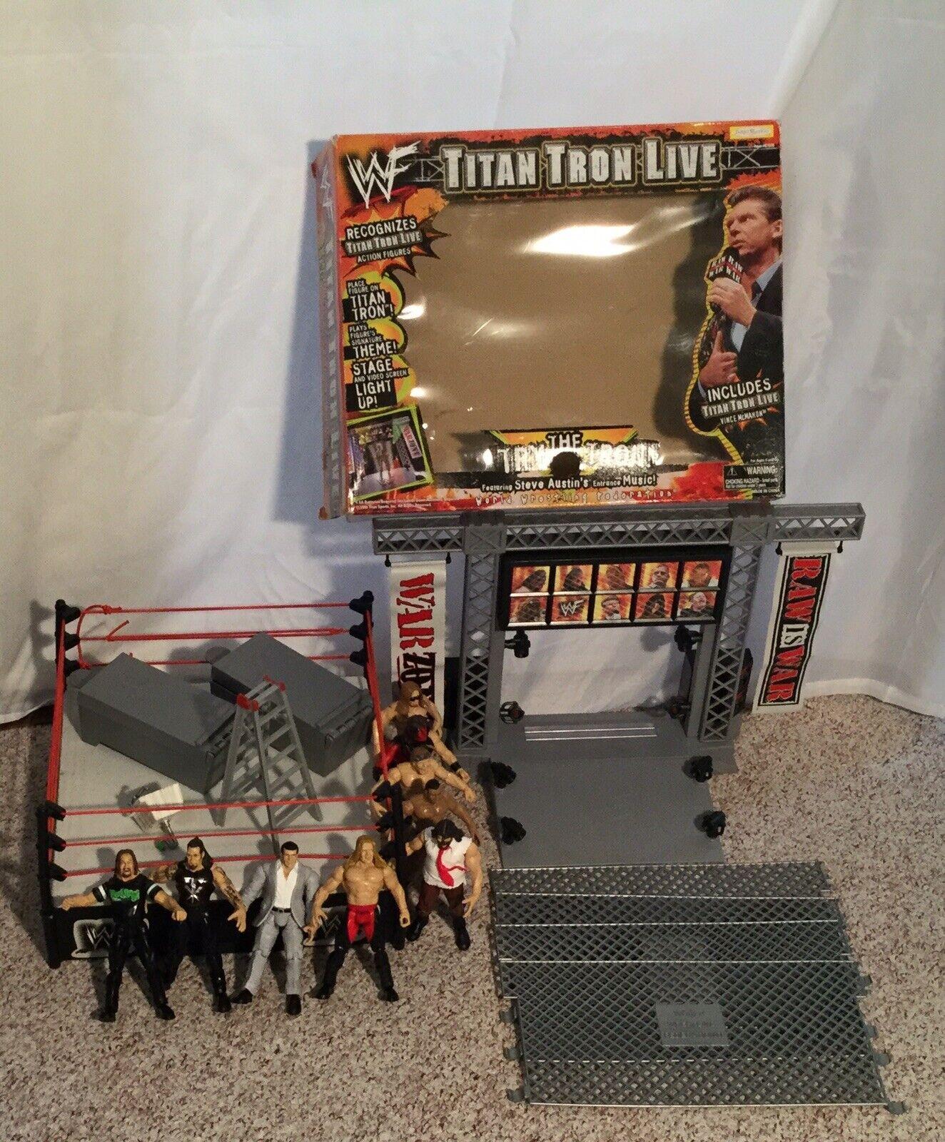 Huge Wrestling  Lot Titan Tron Live completare WWE WWF + More cifras e Props  grandi offerte