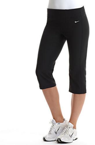 Nike Women's Dri-FIT Regular Fit Black Capri Pants Size XSmall 472350 010 NWT
