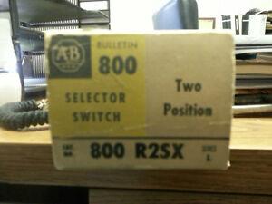 ALLEN BRADLEY #800R2SX TWO POSITION SELECTOR SWITCH