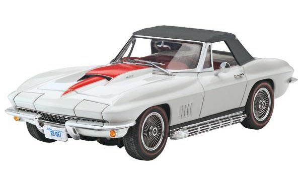 1 25 Revell '67 Corvette 427 Congreenible Plastic Model Kit