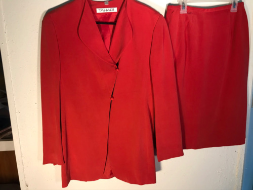 Tahari Silk Lined Business Skirt Suit Watermelon W