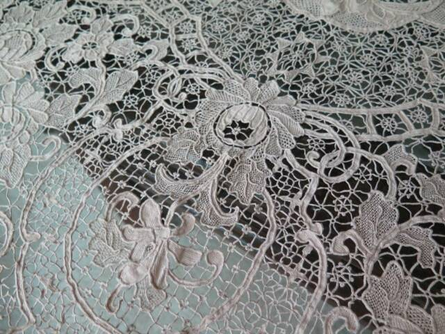 Antique Brussels Belgian Zele Needle Lace Banquet Tablecloth Napkins Set Exquisi