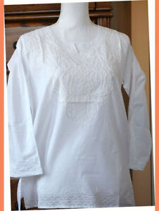 Embroidered-Paisley-Design-White-Color-Cotton-Tunic-Top-Kurti-from-India-Medium