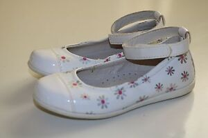 TK MAXX - BG- WHITE LEATHER PINK SILVER DAISY - GIRLS ...