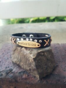 Womens-handmade-crystals-amp-034-refuse-to-sink-034-dark-brown-leather-snap-bracelet