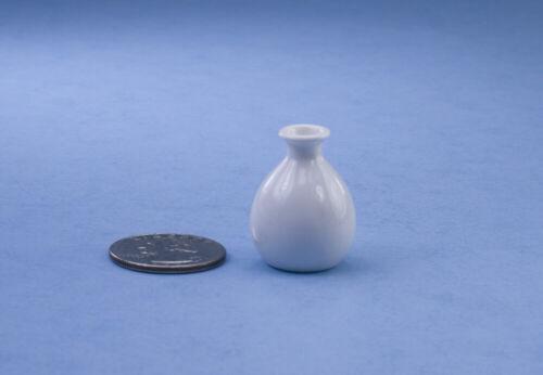 NICE 1:12 Scale Dollhouse Miniature Modern White Glazed Porcelain Vase #SCV6