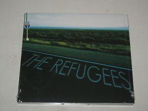 THE-REFUGESSS-THREE-BLU-ROSA-BLU-DP0572-CD-ALBUM