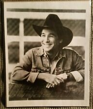 CLINT BLACK B&W 8 X 10 PHOTO / PICS PROTECTED IN PLASTIC SLEEVE  / COUNTRY MUSIC