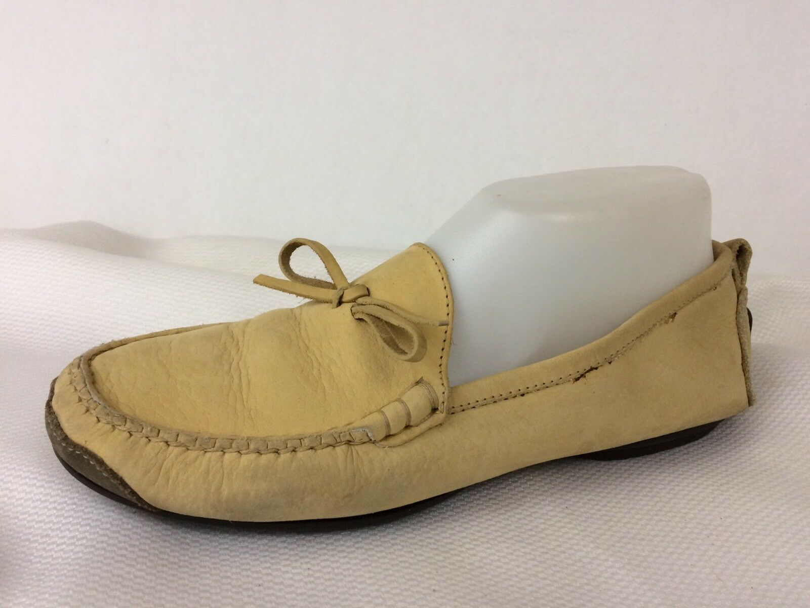 Cole Haan Country Women 8 M Beige Yellow Bow Slip On Loafer Moc Toe shoes Leather
