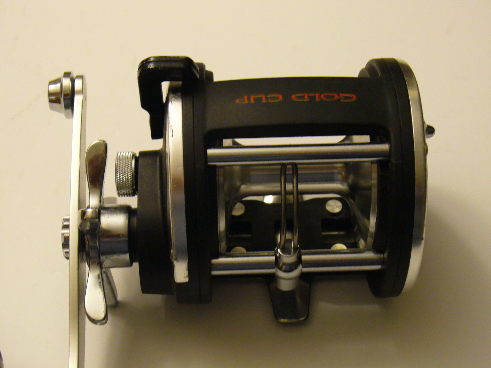 OFFSHORE ANGLER   gold CUP FISHING REEL,CCL-30,JIGGIN REEL BIG GAME  new listing