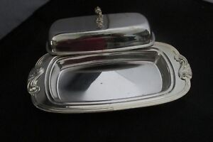 Wm-A-ROGERS-SILVER-PLATE-BUTTER-DISH