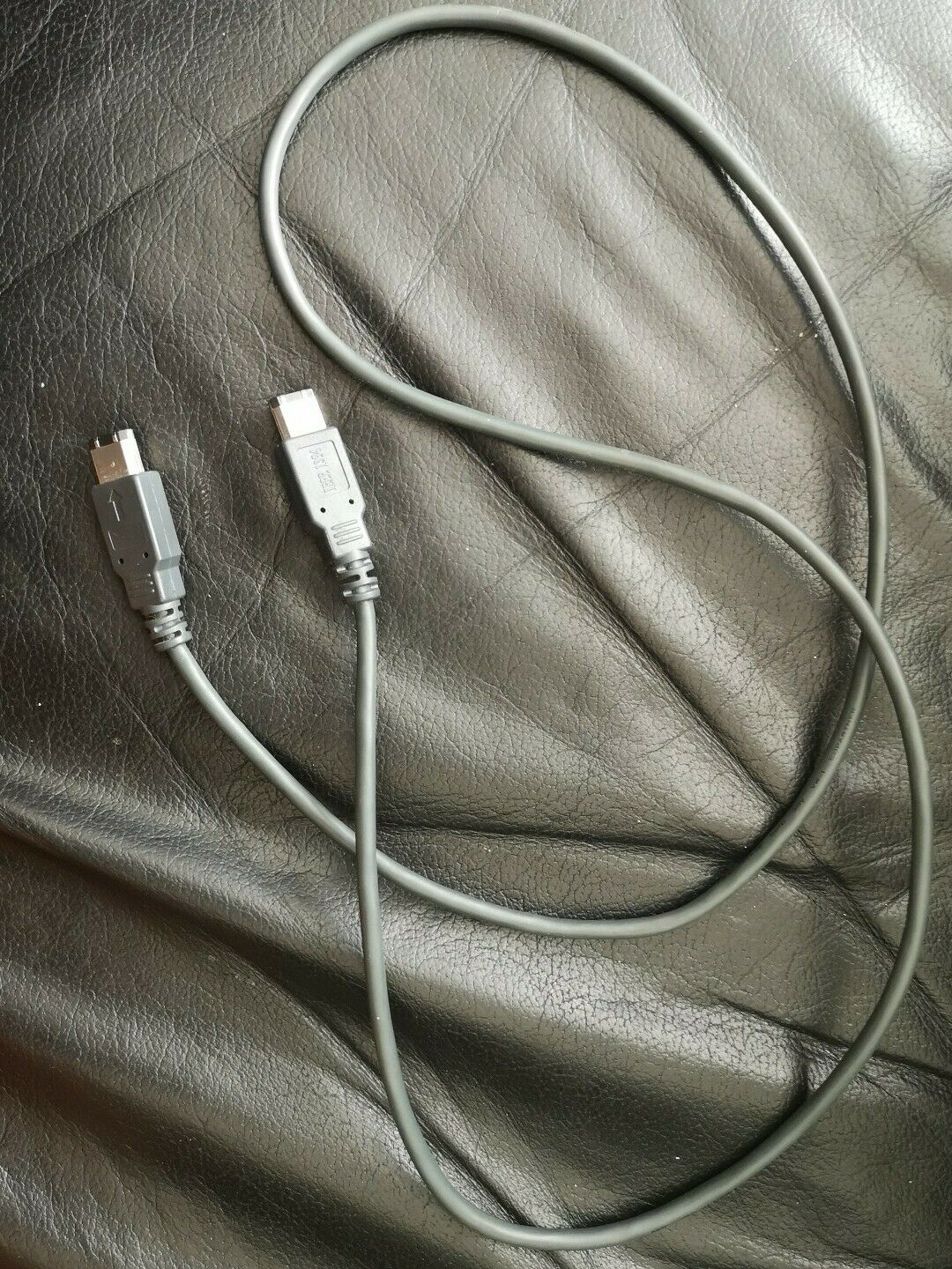 Firewire Cable 6 to 6 pin (PC or Mac) DV To PC - IEEE 1394 1.2 meters