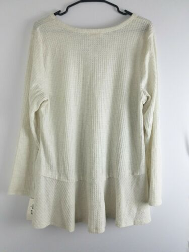 Style/&co.Womens Top Thermals Solid Long Sleeve Flare Bottom Ladies Blouse 39.50