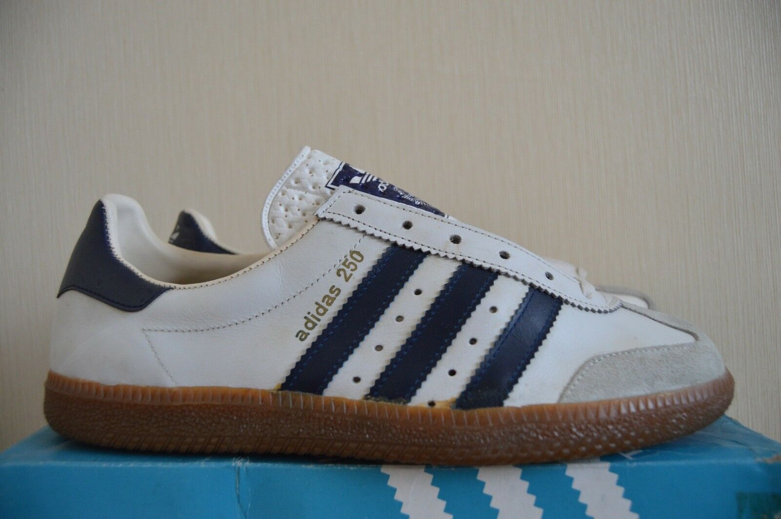 ADIDAS AS 250 7.5 UK Nuove  VINTAGE JAPAN ATENE RARA 350 800 700