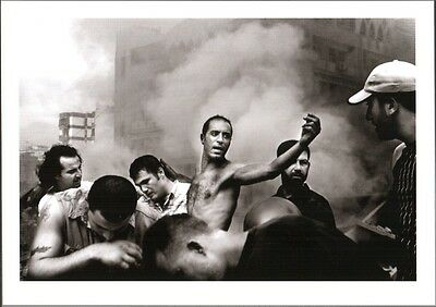 FOTO PAOLO PELLEGRIN - DOPO BOMBARDAMENTO AEREO ISRAELIANO. BEIRUT, LIBANO, 2006