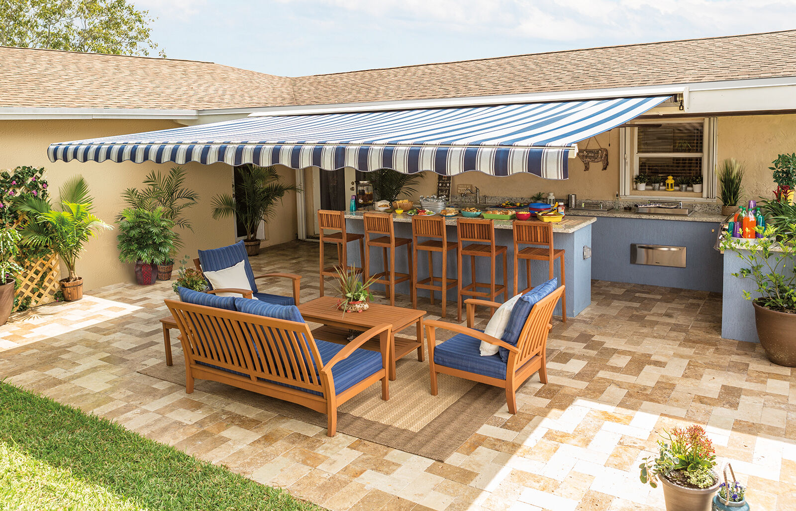 SunSetter Motorized Retractable Awning, 16 X 10 Ft
