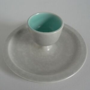 POOLE-ICE-GREEN-amp-SEAGULL-RARE-SHAPE-EGGCUPS-INTEGRAL-STAND-289-TWINTONE-C57-A1