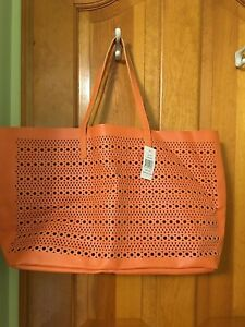 SAKS FIFTH AVENUE FAUX LEATHER LARGE TOTE BAG