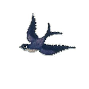 Purple-Swallow-Brooch-Silver-Plated-Brand-New-Gift-Packaging