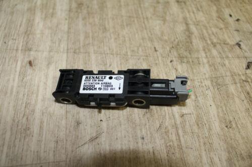 Crashsensor Airbagsensor 8200239994 Bosch Renault Clio II  Bj 2003