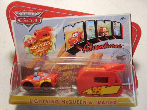 Disney Cars Mini Adventures Lightning McQueen /& Motorized Trailer Set FREE SHIP