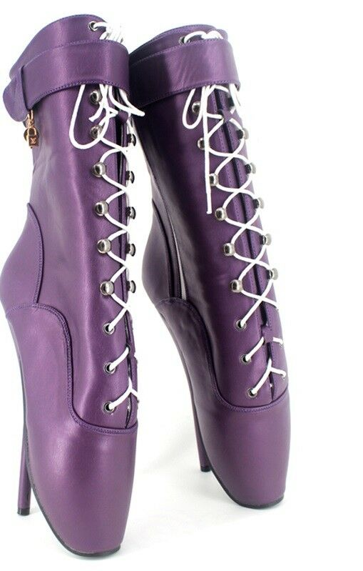 PURPLE LETHER Ankle High Ballet Stiefel, high heals, Pony Stiefel, sexy boot, corset