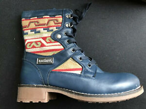 lace up boots size 5