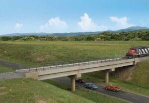 Modern Long Span Concrete RxR Bridge HO Kit - Walthers Cornerstone #933-4592