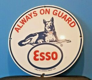 VINTAGE-ESSO-GASOLINE-PORCELAIN-GAS-GUARD-DOG-SERVICE-STATION-PUMP-PLATE-SIGN