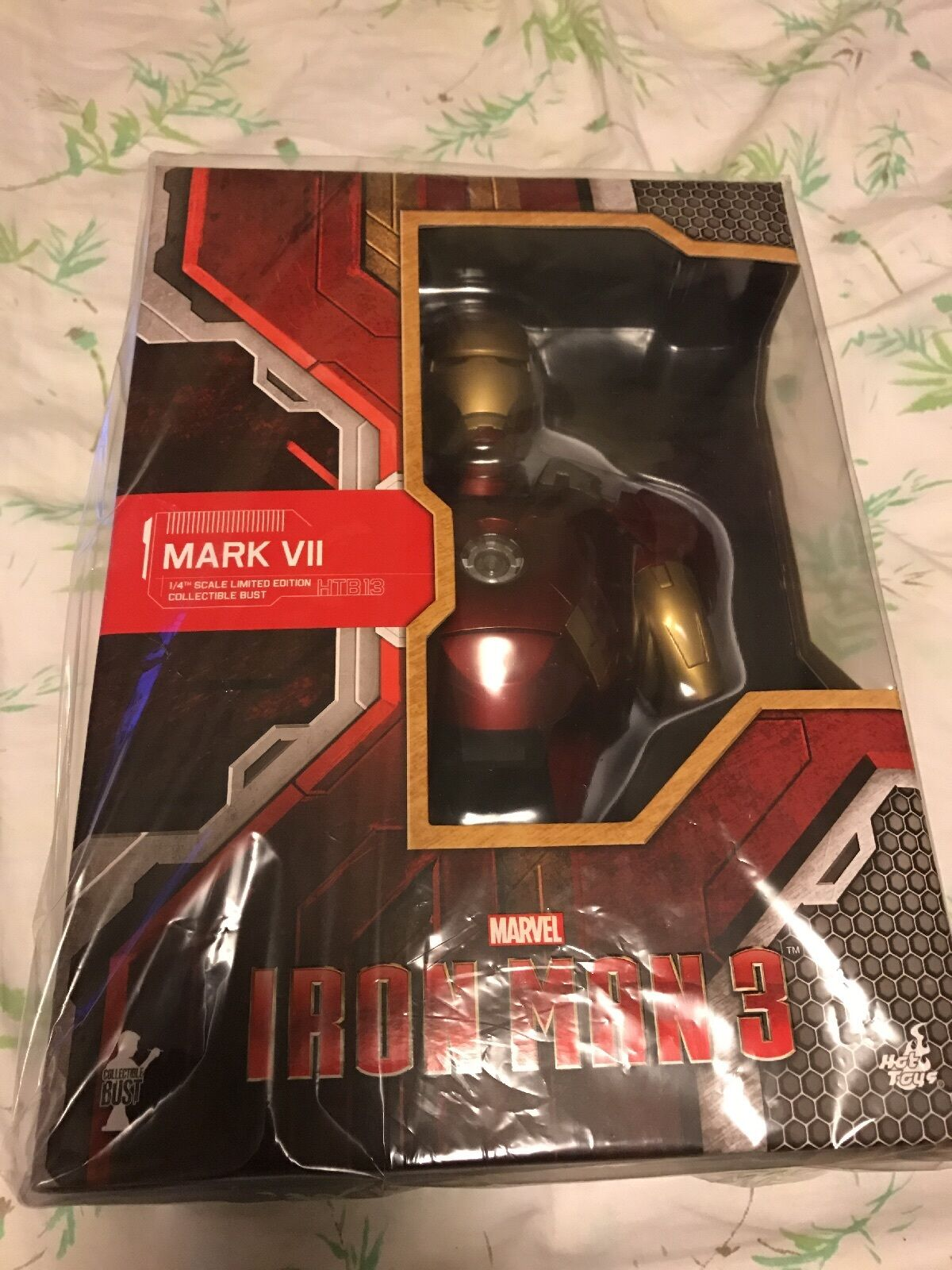 Hot Toys Iron Man 3 Mark XII XII XII 1 4 Bust Brand New US Seller bc5cd5