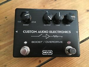 Mxr-MC-402-Custom-Audio-Electronics-Boost-Overdrive-Pedal-De-Efectos-De-Guitarra