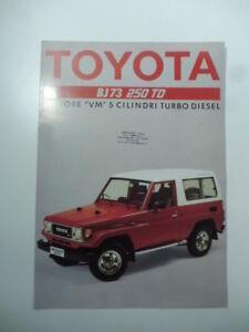 Toyota-BJ73-250-TD-pieghevole-pubblicitario-anni-039-80