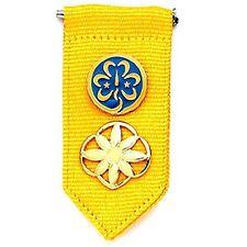 Girl Scout Daisy Insignia Tab w/ World Trefoil Pin & Daisy Membership Pin