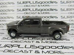 Greenlight-1-64-StoneGray-2019-FORD-F-350-LARIAT-Dually-Pickup-Truck-w-Tow-Hitch