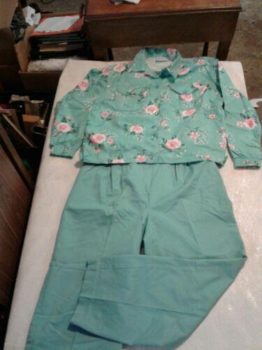 Vintage Jantzen Women Petite 2 Piece Pant Suit Flo