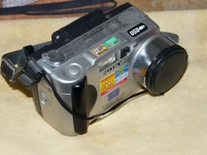 Sony-Cyber-shot-DSC-S50-2-1MP-Digital-Camara-Plateado