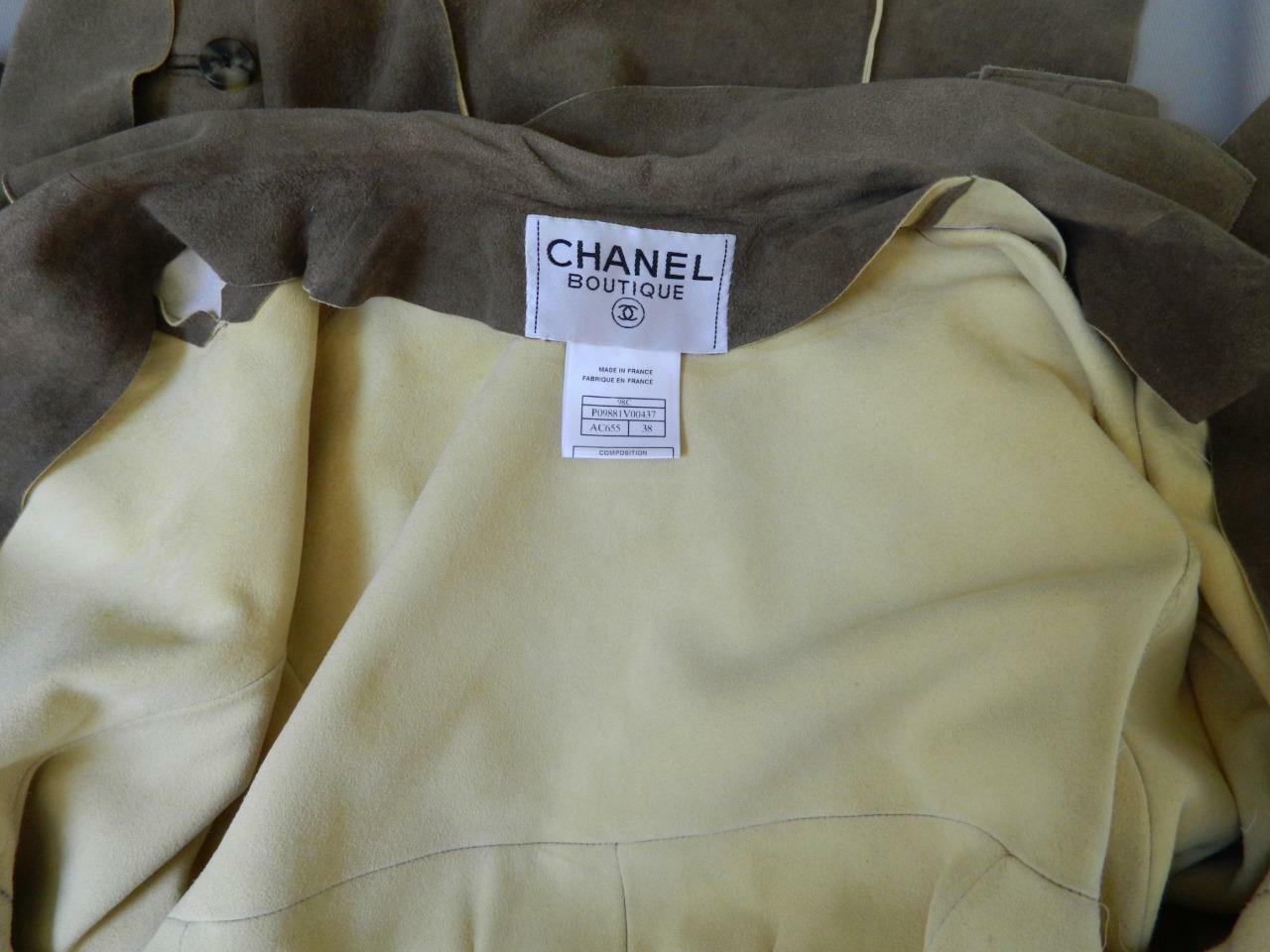 CHANEL Jacket Deer Skin Suede Chanel Horn Button … - image 9