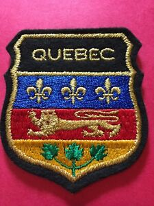 Patch-Quebec-Canada-Gold-Vintage-Sew-On-Travel-Patch-Badge-PB4