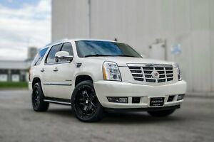 2012 Cadillac Escalade Luxury | ROOF | REMOTE STARTER | LOW KM | NO ACCID