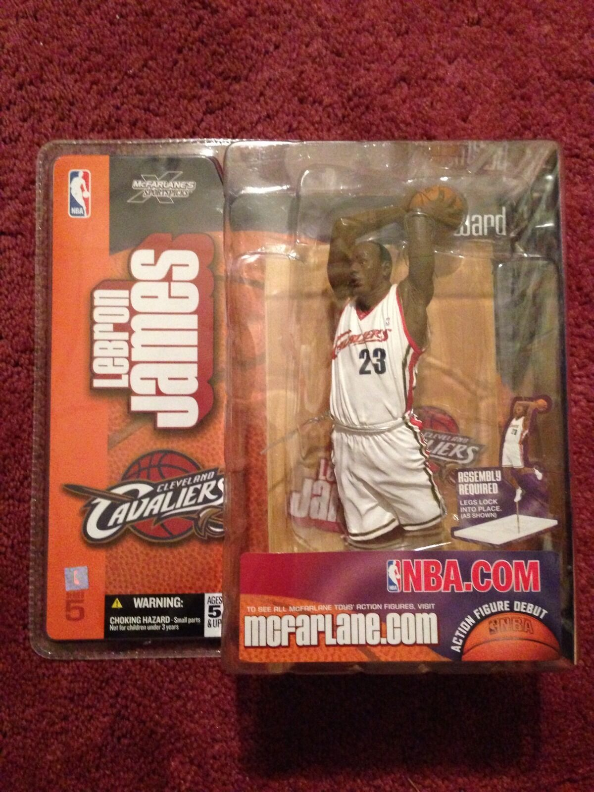 McFarlane Toys Figure LeBron James Home Cleveland Cavaliers Series 5