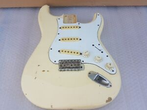Ambitieux 1985 Squier By Fender Stratocaster Body-made In Japan-afficher Le Titre D'origine