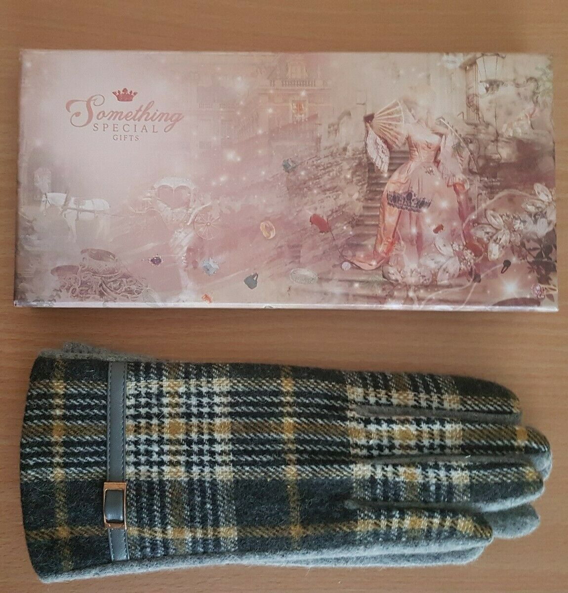 Vintage Something Special Womens Classic Checked Luxury Soft Wool Winter Gloves