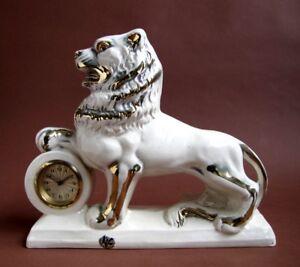 Ancienne-Horloge-de-Cheminee-Lion-Faience-AK