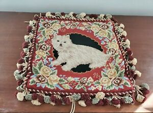 Tasseled-Needlepoint-Dog-Floral-Throw-Pillow-Cover-Zip-Preowned-15in