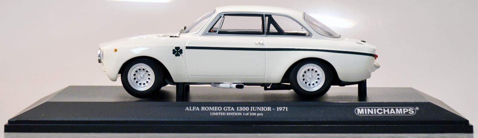 Minichamps 155120021 Alfa Romeo GTA 1300 junior 1971 blancoo 1 18 nuevo en el embalaje original